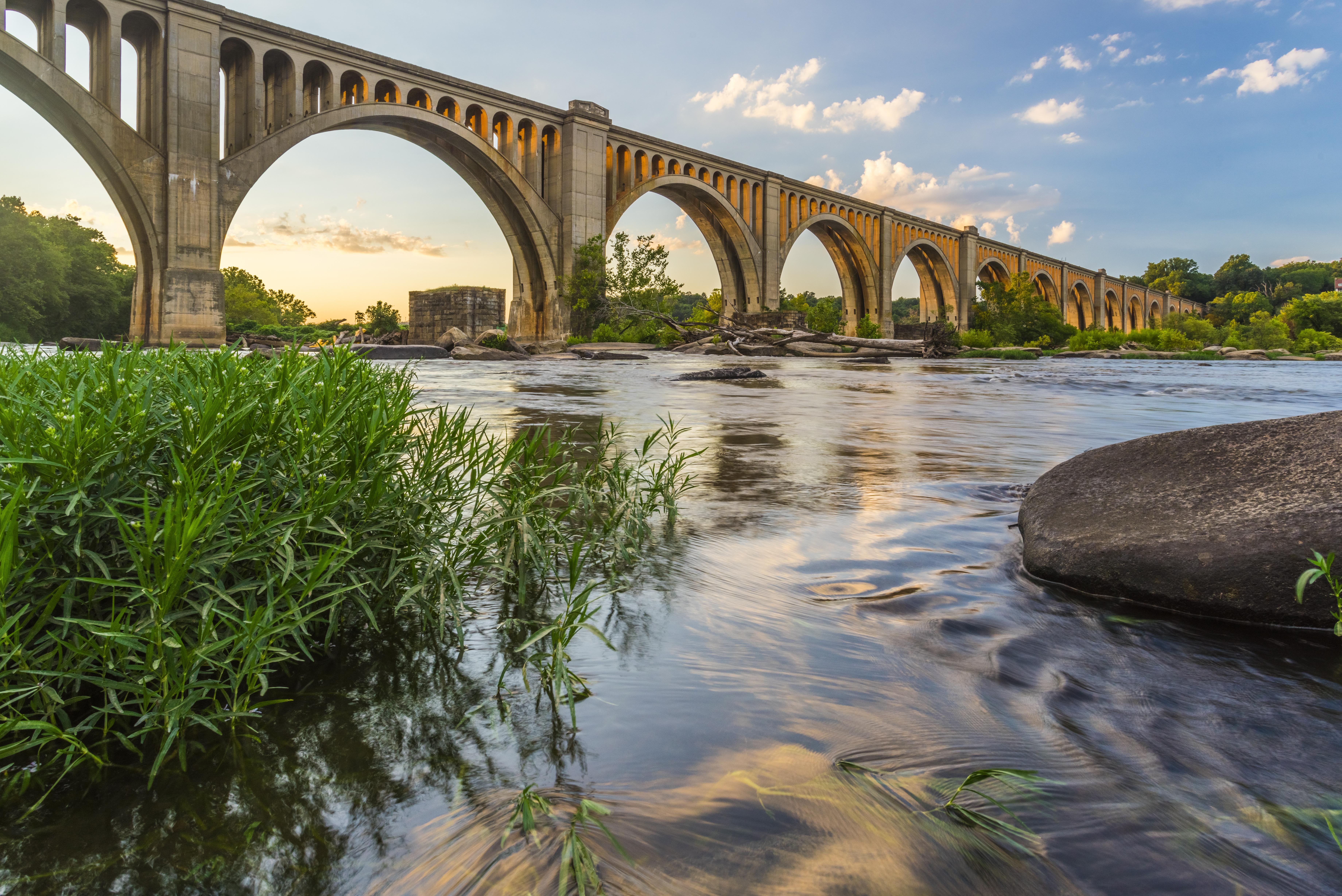 Tour James River Richmond Virginia